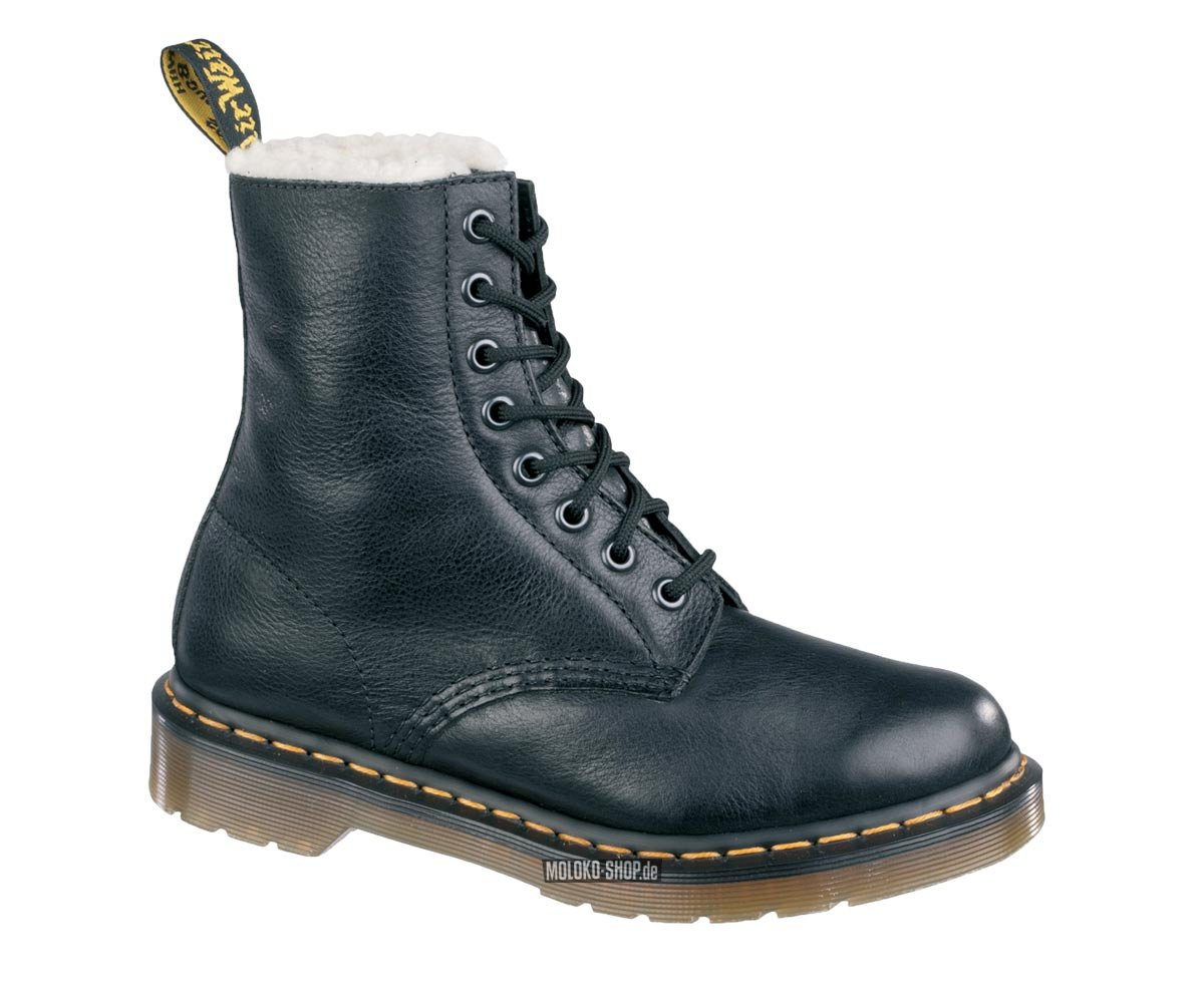 dr martens 8 eye serena black doc martens f r den winter gef ttert. Black Bedroom Furniture Sets. Home Design Ideas