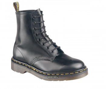 Dr. Martens 8 Eye Black