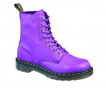 Dr. Martens 8 Eye Pascal Cartegena Blackcurrant