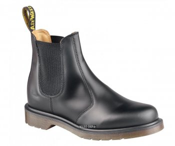 Dr. Martens Slip On 2976 Chelsea Boot Black Smooth 11853001