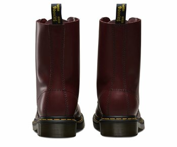Dr. Martens 10 Eye 1490 Cherry Red Smooth 11857600